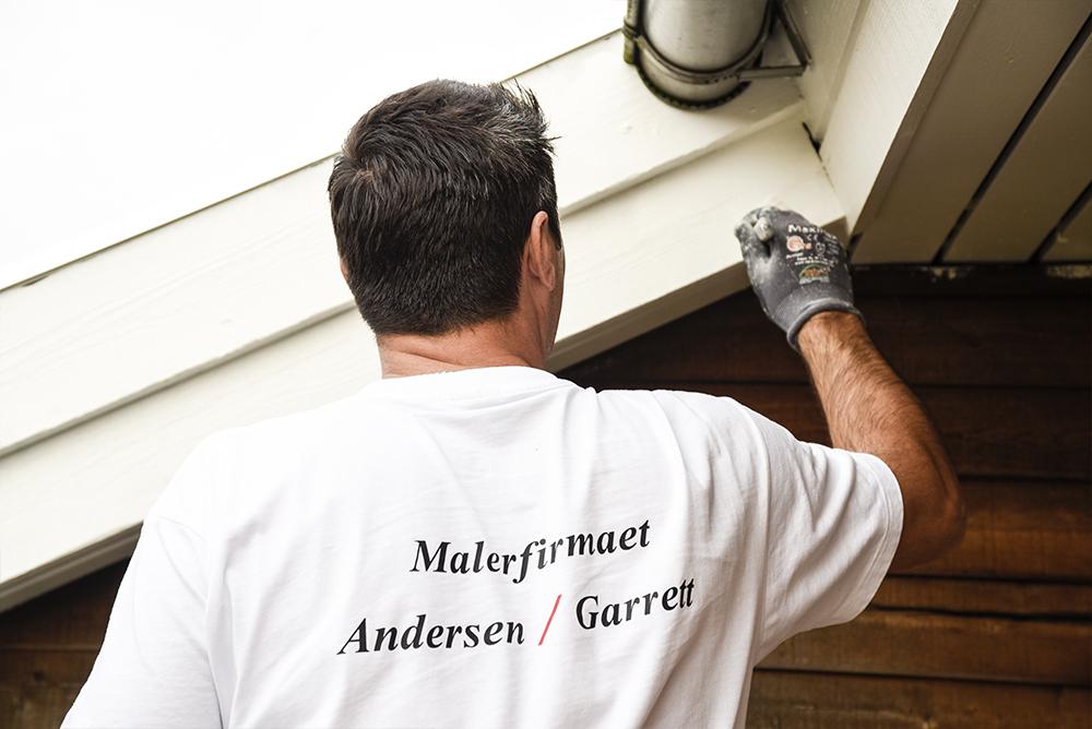Medarbejder i Malerfirmaet Andersen og Garrett